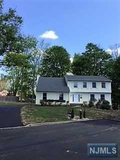 Waldwick Single Family Home For Sale: 5 Van Dan Place