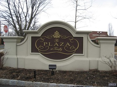 Tenafly Condo/Townhouse For Sale: 4101 Piermont Road #1302