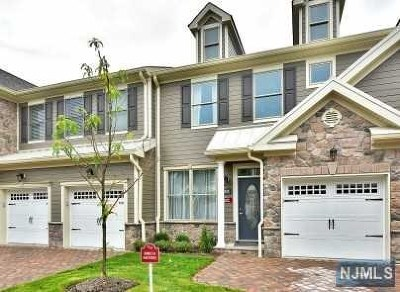 Allendale Condo/Townhouse For Sale: 2004 Whitney Lane