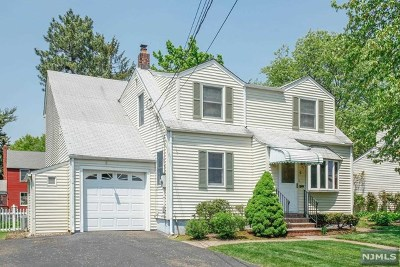 Fair Lawn Single Family Home For Sale: 6 Sherman Place