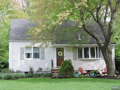Ridgewood Single Family Home For Sale: 735 Newcomb Road
