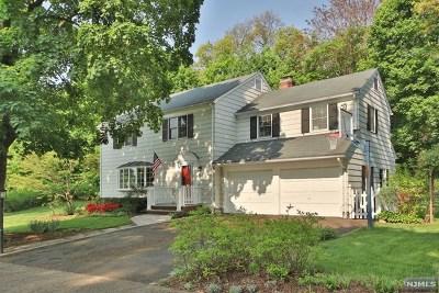 Ridgewood Single Family Home For Sale: 540 Upper Boulevard
