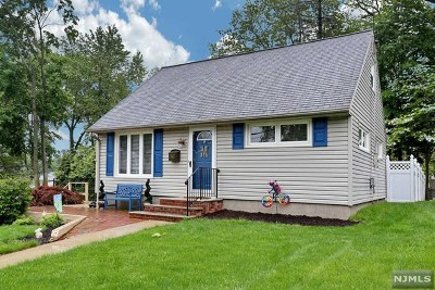 Waldwick Single Family Home For Sale: 24 Charles Terrace