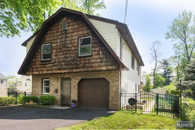 Teaneck Single Family Home For Sale: 1343 Murray Hill Road