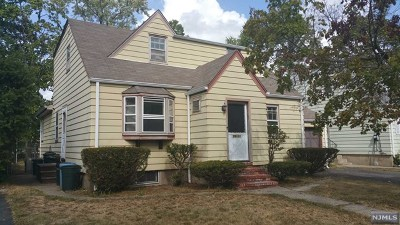 Fair Lawn Single Family Home For Sale: 39-11 Taylor Road