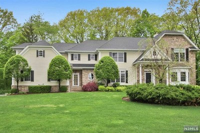 Franklin Lakes Single Family Home For Sale: 79 Birch Road