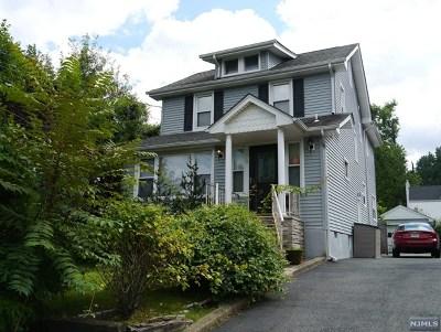 Teaneck Single Family Home For Sale: 38 Hillside Avenue