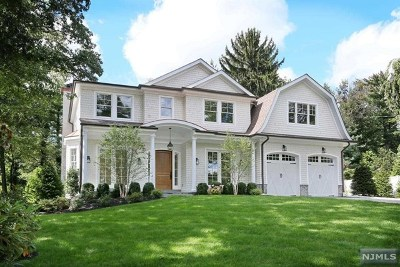 Ridgewood Single Family Home For Sale: 616 Morningside Road