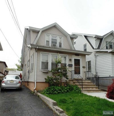 Cliffside Park Single Family Home For Sale: 486 Washington Avenue