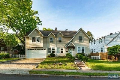Teaneck Single Family Home For Sale: 175 Lindbergh Boulevard