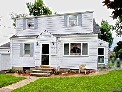 Fair Lawn Single Family Home For Sale: 28-16 Sherman Place