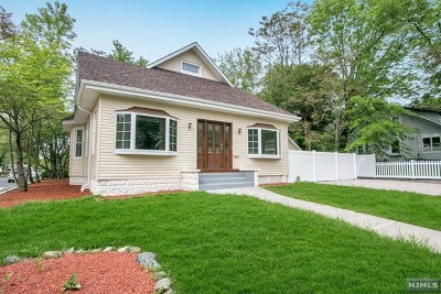 Waldwick Single Family Home For Sale: 73 Wyckoff Avenue
