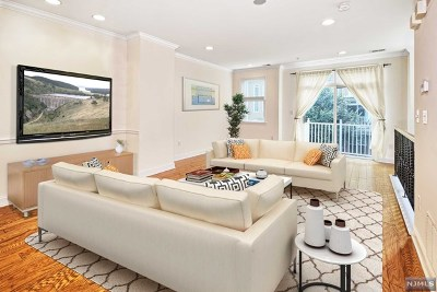 West New York NJ Condo/Townhouse For Sale: $779,000