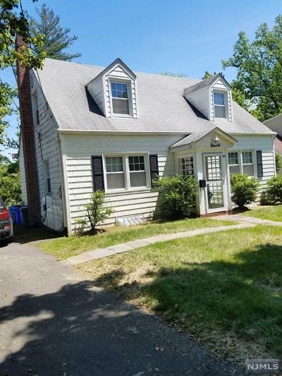 Tenafly Single Family Home For Sale: 90 Hazelton Terrace