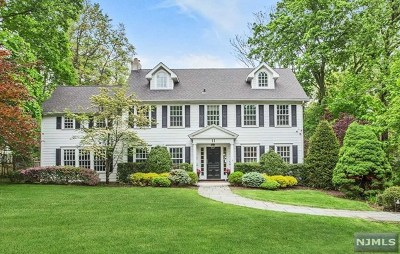 Tenafly Single Family Home For Sale: 11 Mountain Road