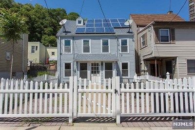 Weehawken Single Family Home For Sale: 58 Chestnut Street