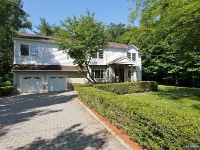 Mahwah Single Family Home For Sale: 761 Darlington Avenue