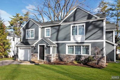 Teaneck Single Family Home For Sale: 937 Phelps Road