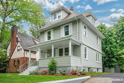 Hackensack Single Family Home For Sale: 142 Poplar Avenue