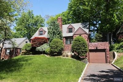 River Edge Single Family Home For Sale: 96 Wayne Avenue