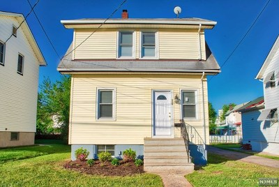 Hackensack Single Family Home For Sale: 339 Kaplan Avenue