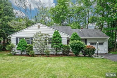 Allendale Single Family Home For Sale: 37 Forest Road