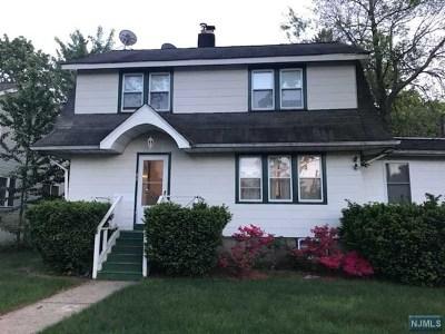 Teaneck Single Family Home For Sale: 474 Ogden Avenue
