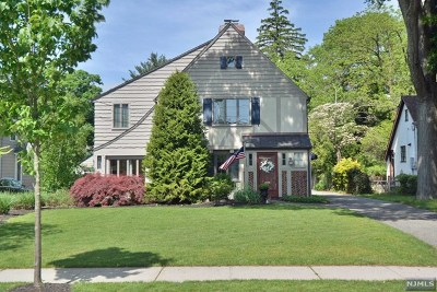 Ho-Ho-Kus Single Family Home For Sale: 173 Sheridan Avenue