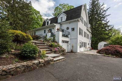 Montvale Single Family Home For Sale: 3 Westminster Court