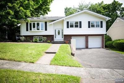 River Edge Single Family Home For Sale: 6 June Court
