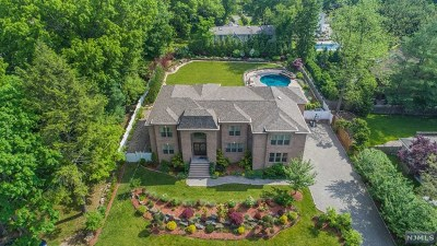 Demarest Single Family Home For Sale: 87 South Street