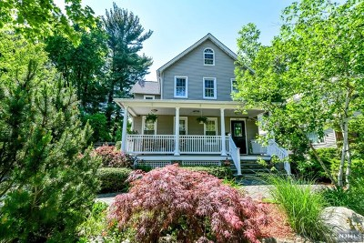 Oradell Single Family Home For Sale: 289 Maple Avenue