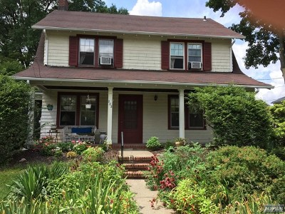 Teaneck Single Family Home For Sale: 282 Elm Avenue
