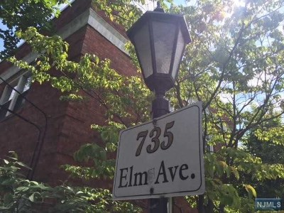 Teaneck Condo/Townhouse For Sale: 735 Elm Avenue #3a
