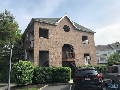 Fort Lee Condo/Townhouse For Sale: 438 Lee Court
