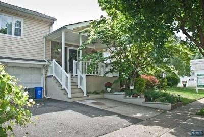 Saddle Brook Single Family Home For Sale: 32 Harrop Avenue