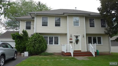 Paramus Single Family Home For Sale: 527 Green Valley Road