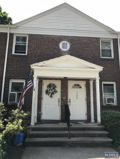 Englewood Condo/Townhouse For Sale: 178 Central Avenue #B