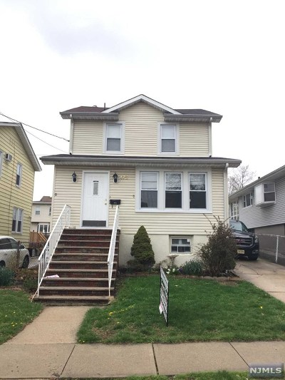 Cliffside Park Single Family Home For Sale: 472 Nelson Avenue