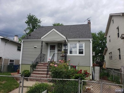 Englewood Single Family Home For Sale: 33 Grant Street