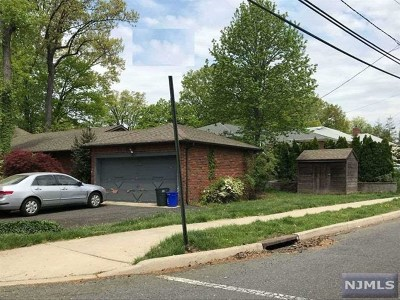 Fort Lee Single Family Home For Sale: 501 Nordhoff Drive