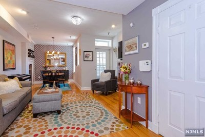 Jersey City Condo/Townhouse For Sale: 444 Jersey Avenue #6