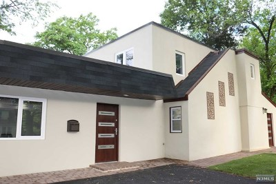 Westwood Single Family Home For Sale: 66 Pascack Road
