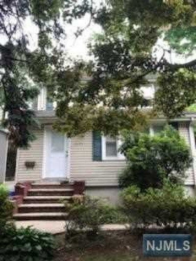 Teaneck Single Family Home For Sale: 1171 Queen Anne Road