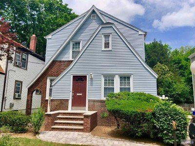 New Milford Single Family Home For Sale: 327 Milford Avenue
