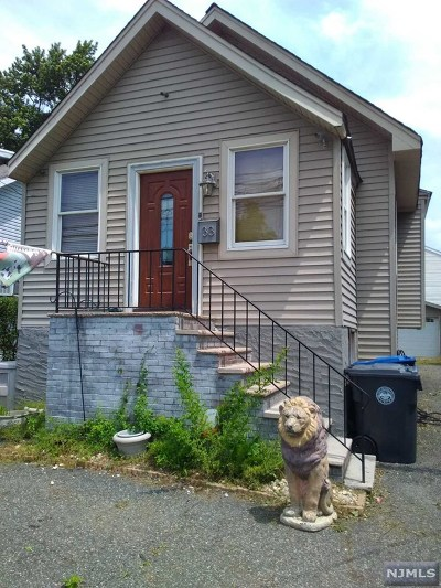 Englewood Single Family Home For Sale: 33 East Forest Avenue