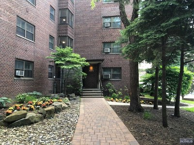 Fort Lee Condo/Townhouse For Sale: 3071 Edwin Avenue #4b