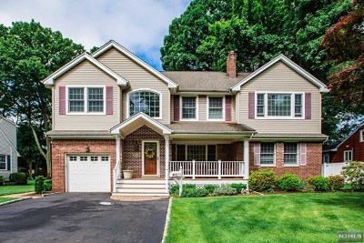 Fair Lawn Single Family Home For Sale: 362 North Plaza Road
