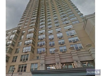 Jersey City Condo/Townhouse For Sale: 88 Morgan Street #3005
