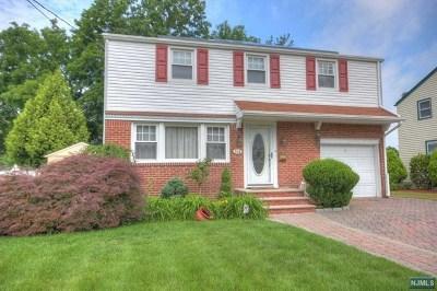 Dumont Single Family Home For Sale: 514 Washington Avenue